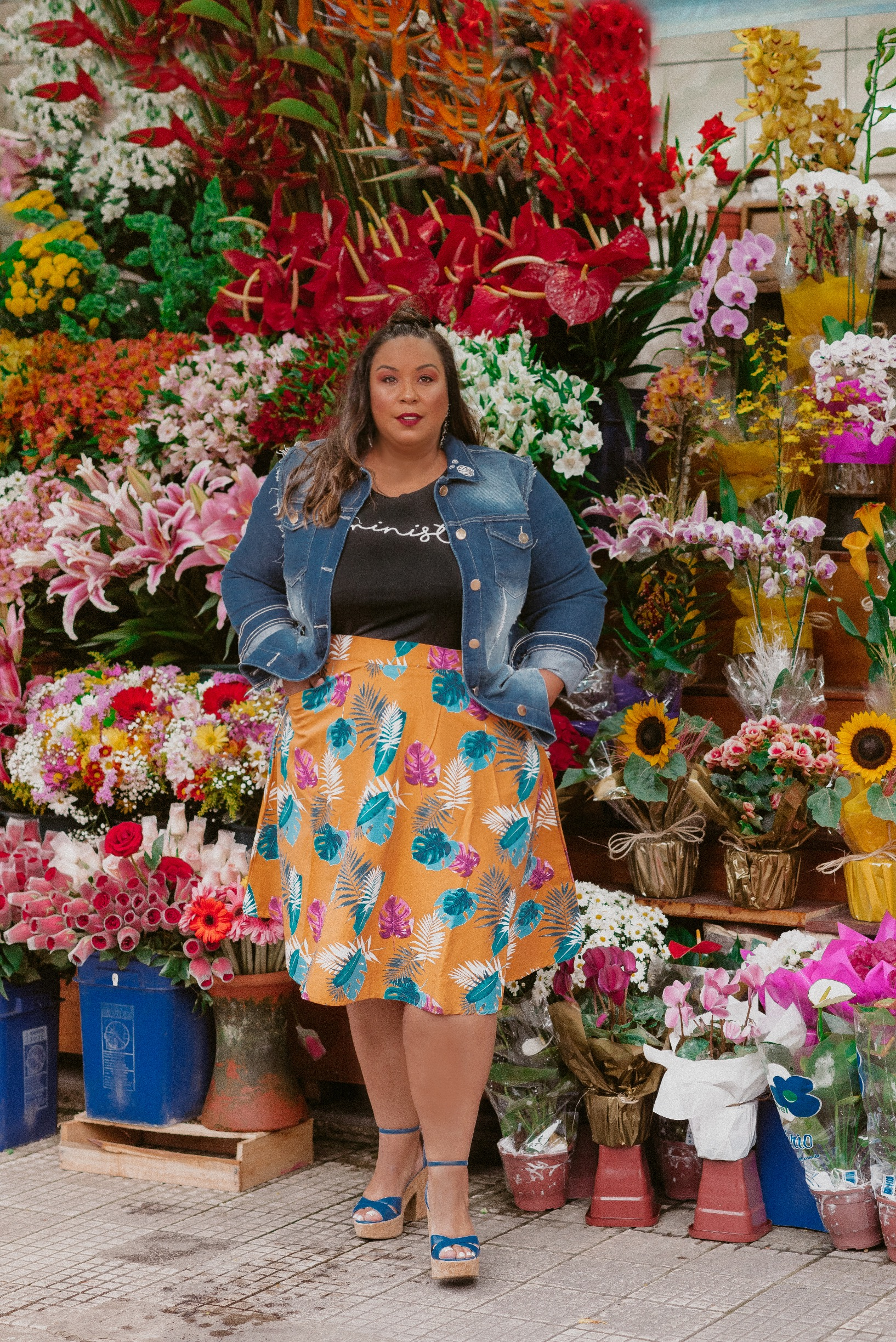 Dani Rudz - Look do Dia Plus Size - saia midi